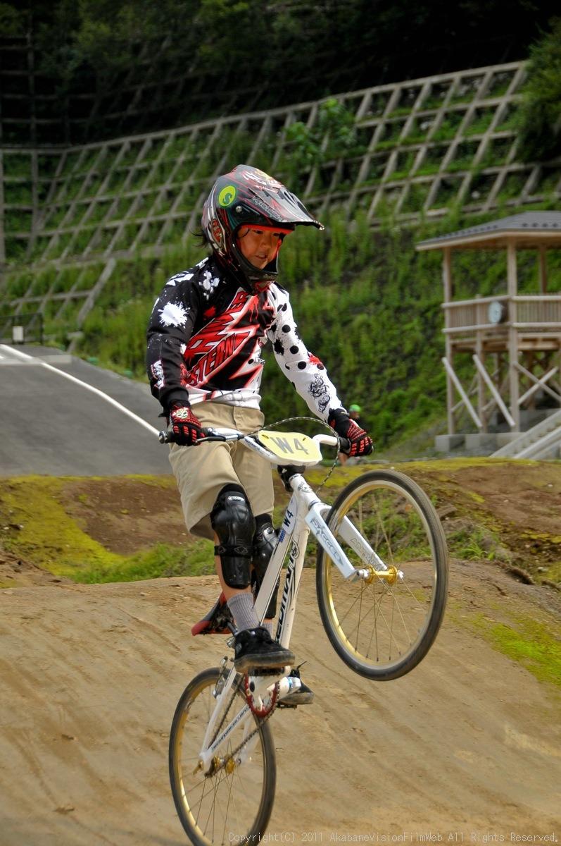 CREDIT camp for kids 2011 VOL4:Day1 BMXライドその2~キャンプナイト_b0065730_1521363.jpg