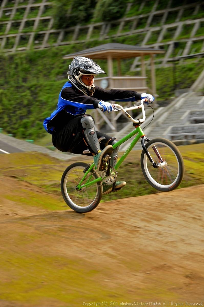 CREDIT camp for kids 2011 VOL4:Day1 BMXライドその2~キャンプナイト_b0065730_15221567.jpg