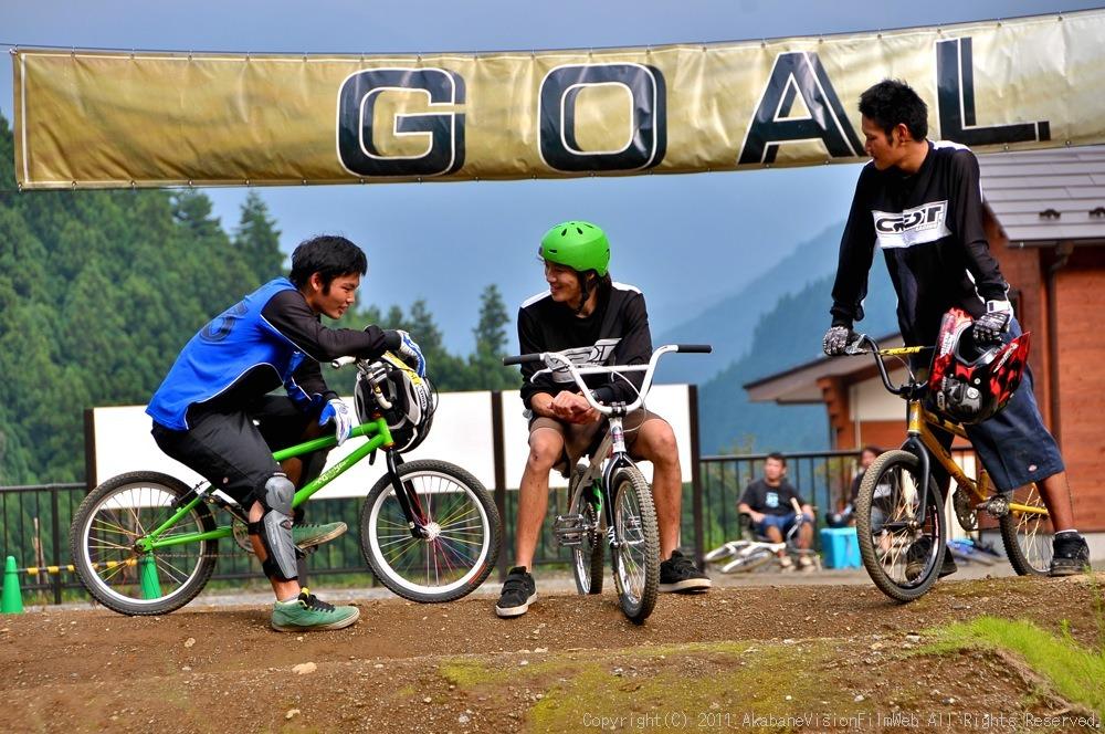 CREDIT camp for kids 2011 VOL4:Day1 BMXライドその2~キャンプナイト_b0065730_15225236.jpg