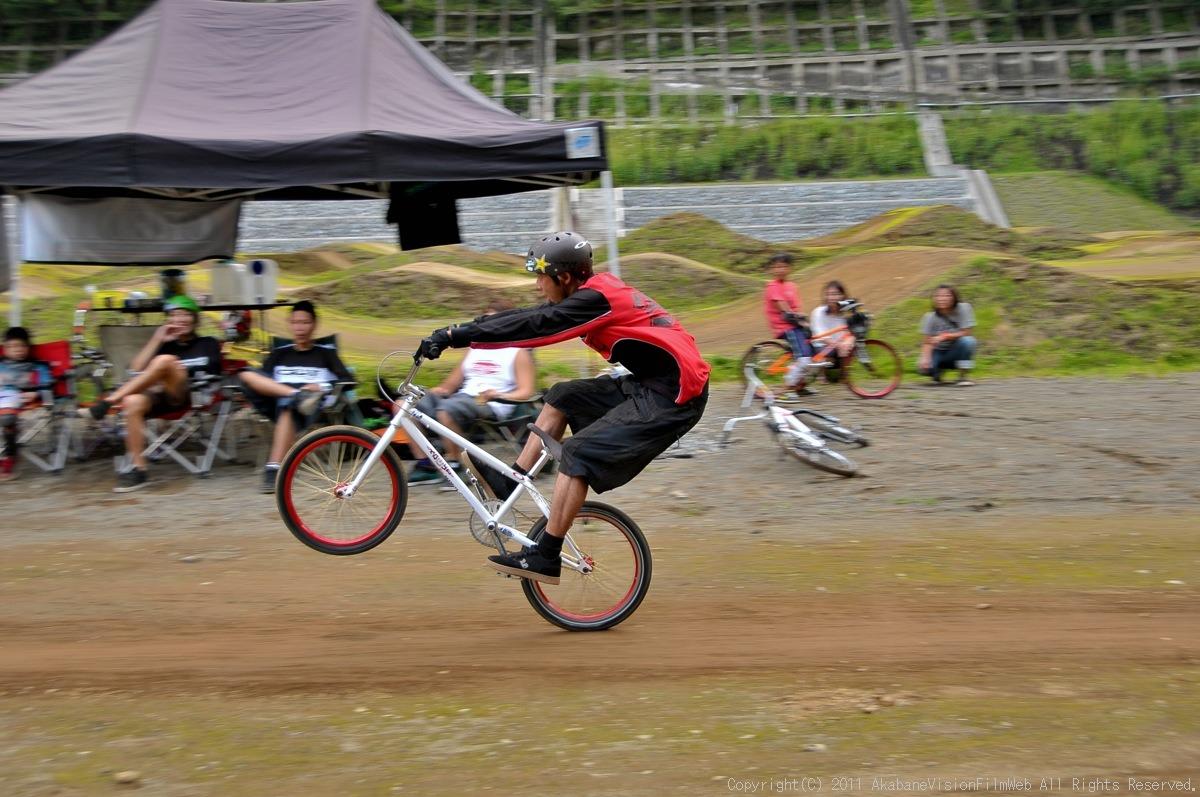 CREDIT camp for kids 2011 VOL4:Day1 BMXライドその2~キャンプナイト_b0065730_15231437.jpg