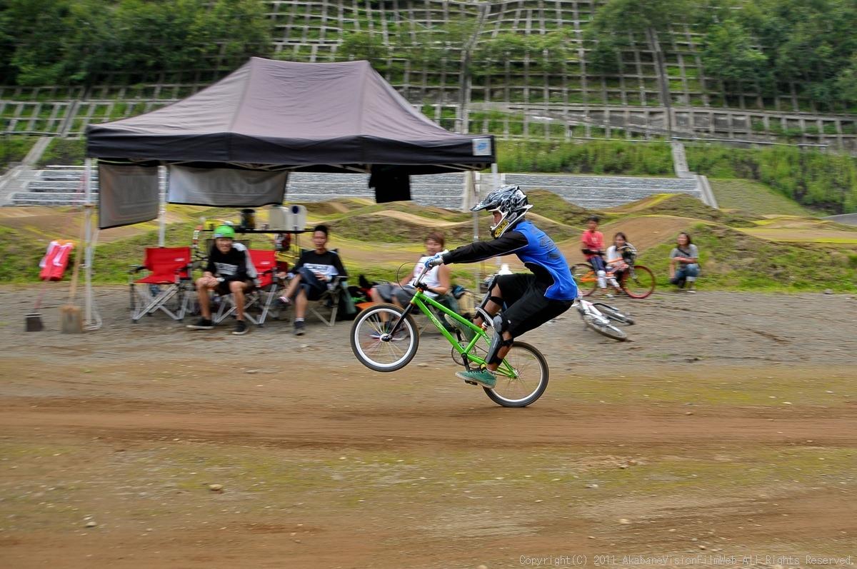 CREDIT camp for kids 2011 VOL4:Day1 BMXライドその2~キャンプナイト_b0065730_15233713.jpg