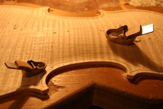 弦楽器フェアのお知らせ、広告編、と製作記_d0047461_781284.jpg
