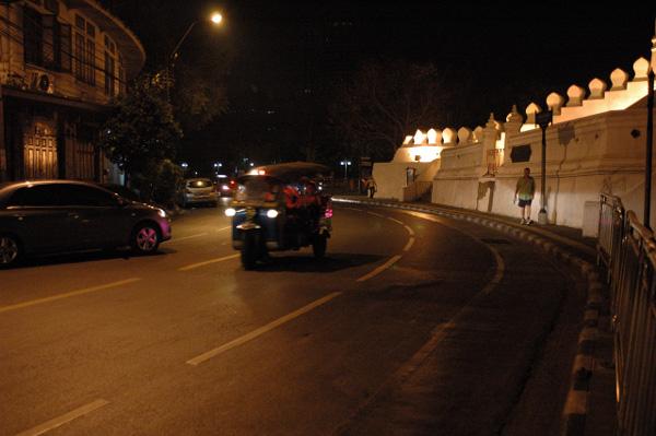 バンコクの夜_b0131470_239548.jpg