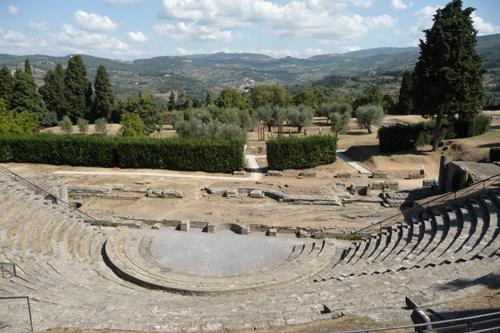 ローマ人の気持ちとローマ古代劇場跡~フィエーゾレ_f0106597_248755.jpg