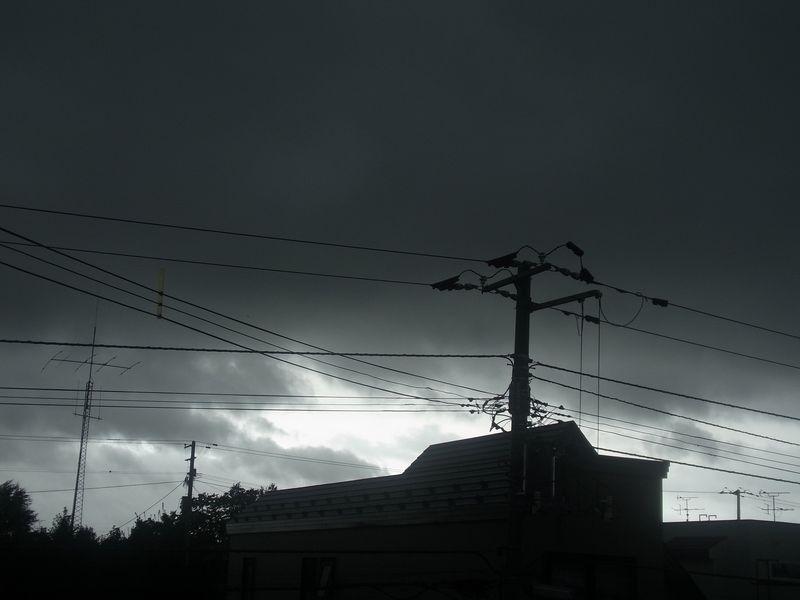 変な天気_c0025115_23391078.jpg