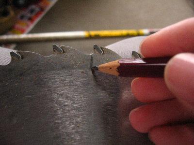 刈刃の簡単なメンテナンス_f0182936_0163187.jpg