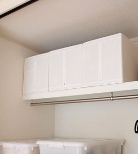IKEAの収納BOXとスツール_e0214646_118425.jpg