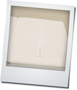 IKEAの収納BOXとスツール_e0214646_119297.jpg