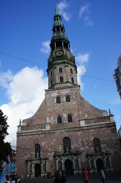 聖十字架の丘を越え、ラトビアの首都リガへ_c0011649_11443690.jpg