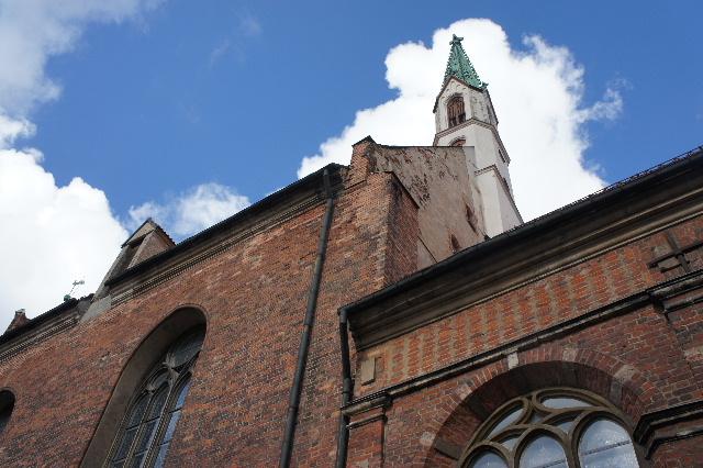 聖十字架の丘を越え、ラトビアの首都リガへ_c0011649_11471241.jpg