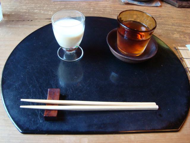 京都・銀閣寺「湯葉料理 に志田」へ行く。_f0232060_17342362.jpg