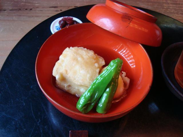 京都・銀閣寺「湯葉料理 に志田」へ行く。_f0232060_17364725.jpg