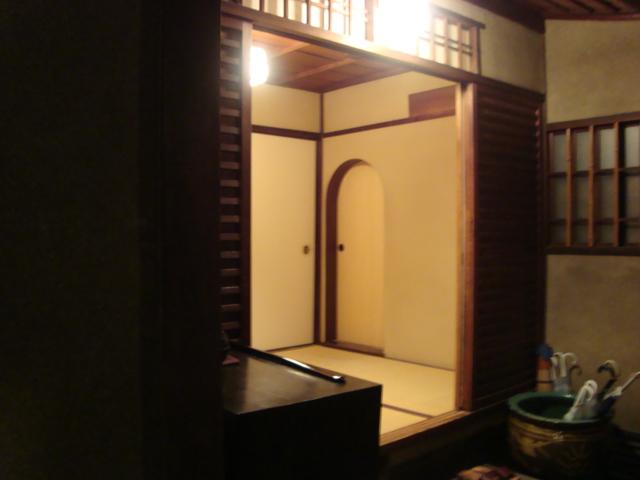 京都・三条「馳走 麩屋町三条」へ行く。_f0232060_18215384.jpg