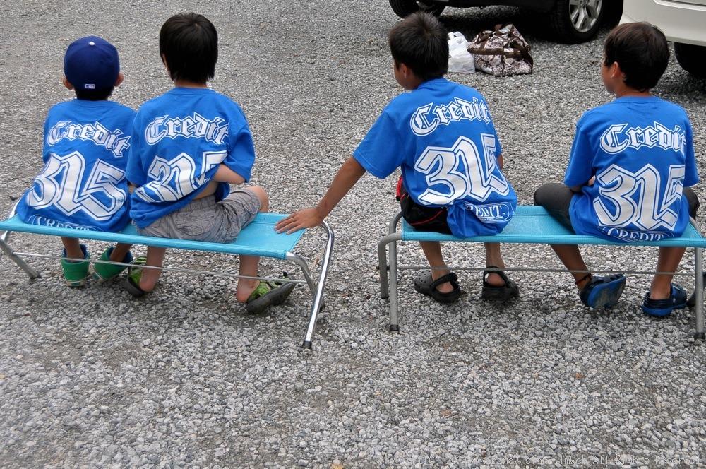 CREDIT camp for kids 2011VOL10:Day3カヌーライドその3クリフジャンプ〜帰還_b0065730_9153046.jpg