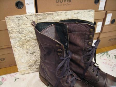 DOVER の続きは、ブーツたちです。_c0227633_22344346.jpg