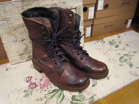 DOVER の続きは、ブーツたちです。_c0227633_2235465.jpg