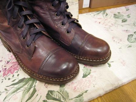 DOVER の続きは、ブーツたちです。_c0227633_2236581.jpg