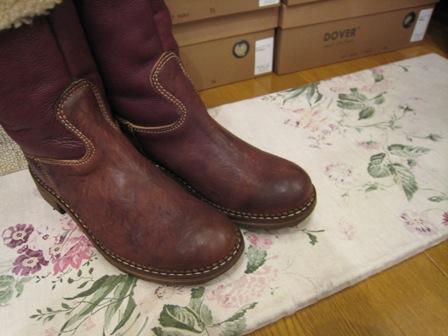 DOVER の続きは、ブーツたちです。_c0227633_22381965.jpg