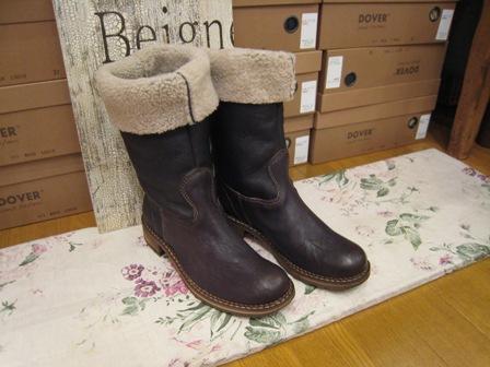 DOVER の続きは、ブーツたちです。_c0227633_22384156.jpg
