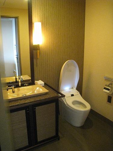 8月 神戸旧居留地オリエンタルホテル 部屋その3_a0055835_23511346.jpg