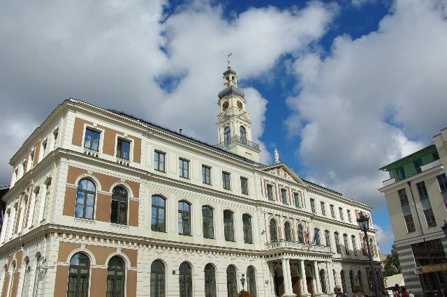 リガの旧市街散策、そしてエストニアのタリンへ_c0011649_11442571.jpg