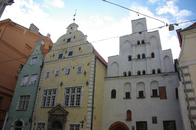 リガの旧市街散策、そしてエストニアのタリンへ_c0011649_1215658.jpg