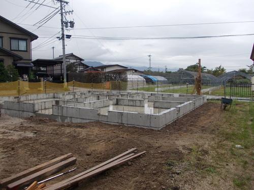 豊科H邸基礎工事完了_c0218716_18375762.jpg