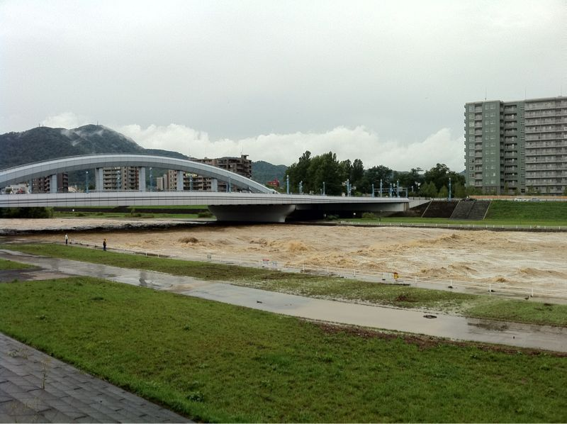 Toyohira River flooding_e0014773_20351048.jpg