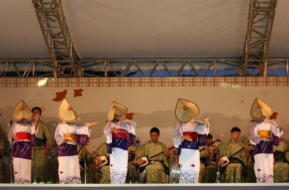 おわら風の盆 2011 4 福島の駅横ステージ_c0196076_16134184.jpg