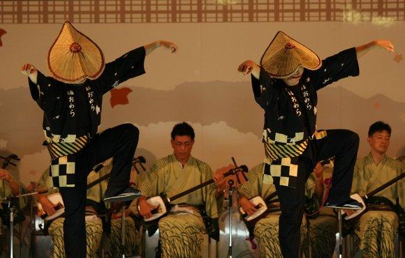 おわら風の盆 2011 4 福島の駅横ステージ_c0196076_16142915.jpg