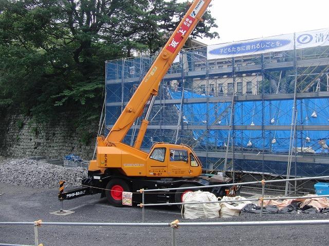 2年前の駿河湾地震による駿府城石垣の崩落と復旧工事_f0141310_8595558.jpg