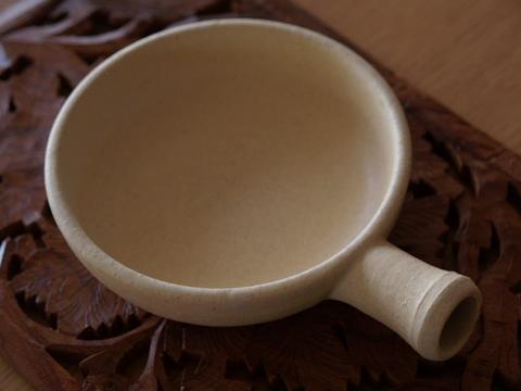 陶器のフライパン_e0186725_11125843.jpg