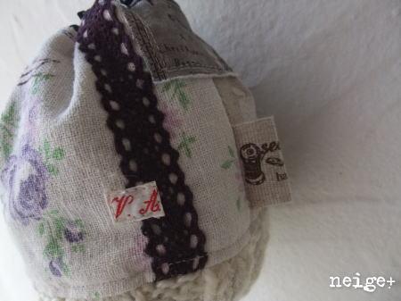 久々登場♪紫パッチのコロンコロンニット巾着 ^^_f0023333_2055542.jpg