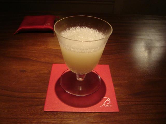 東京・丸の内「B bar」へ行く。_f0232060_2350195.jpg