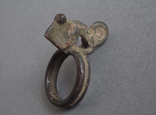 真鍮 / ブロンズのカメレオン_e0111789_10145224.jpg