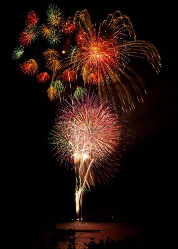 葉山の花火が届きました!_b0105897_141624.jpg
