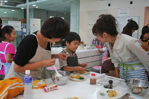 8/28『いっちゃんの親子で節電料理教室』レポート_c0039735_244258.jpg
