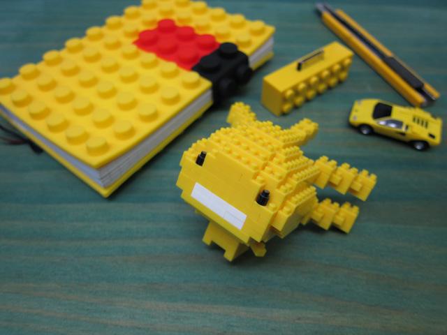 ナノブロックで鉄道模型(その1)_c0166765_19513581.jpg
