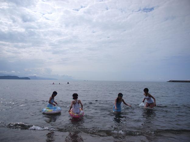 海はやっぱり楽しいね!!_d0087270_15383640.jpg