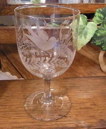 素敵なエングレーヴィングを楽しむグラス...._d0127182_16341948.jpg
