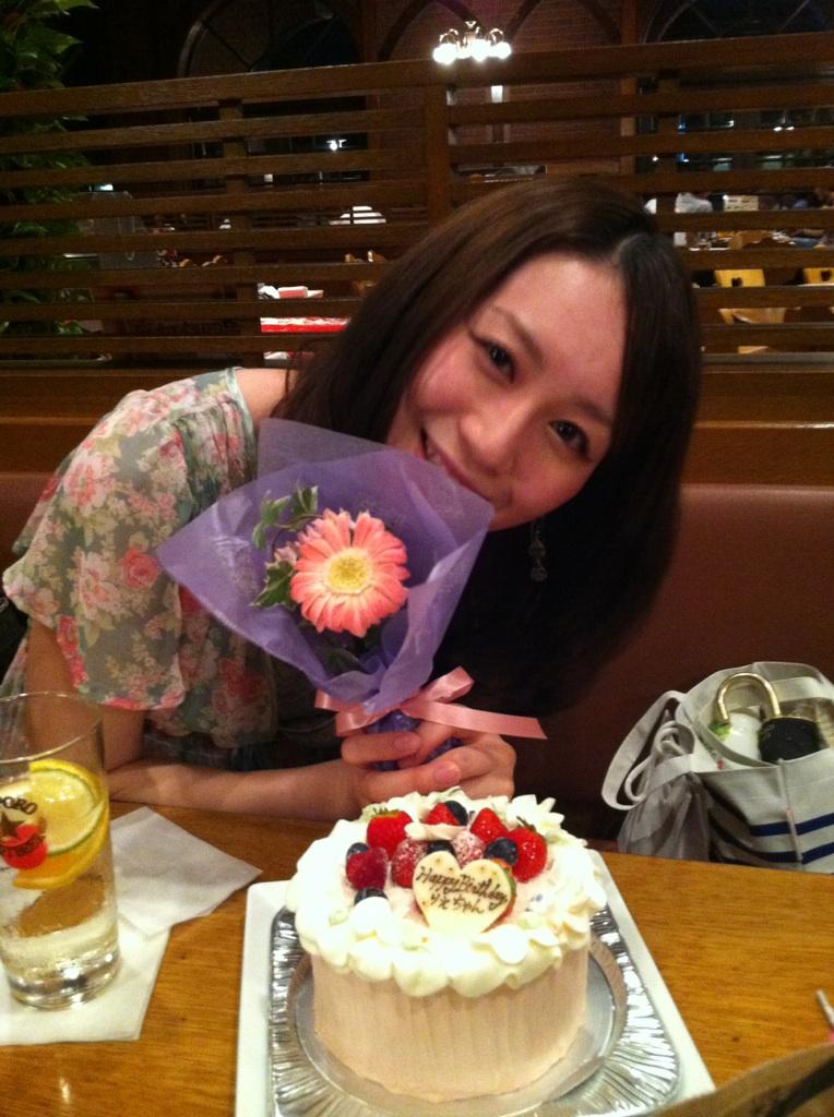 リエちゃんお誕生日おめでとうございます!_a0075684_023862.jpg