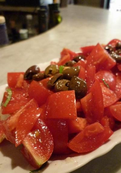 夏が終る前に食べておきたいトマトのクロストーネ_c0089988_2239222.jpg