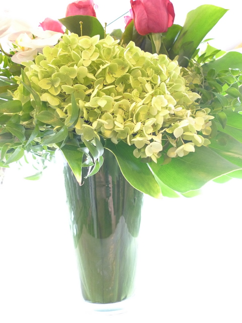 香り高いバラのアレンジ ガラス花器に_b0171193_214123.jpg