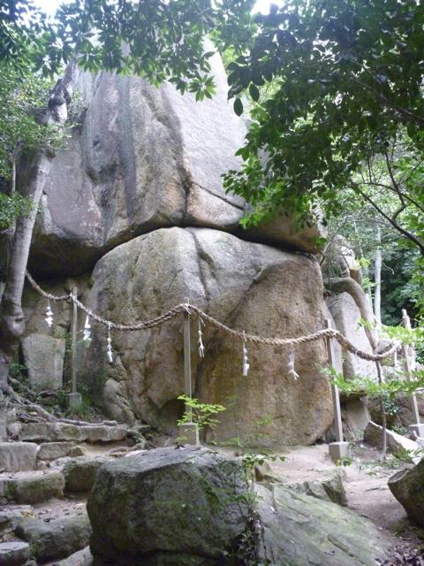パワースポット 越木岩神社_b0054727_211125.jpg