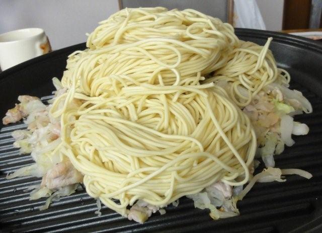 Yakisoba noodles_c0157558_10503927.jpg
