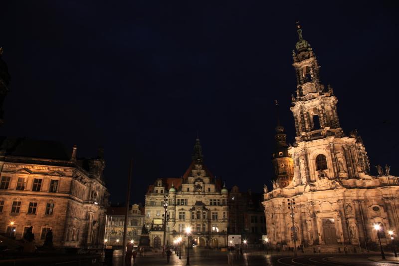 旧東ドイツな夜景_c0187779_23593599.jpg
