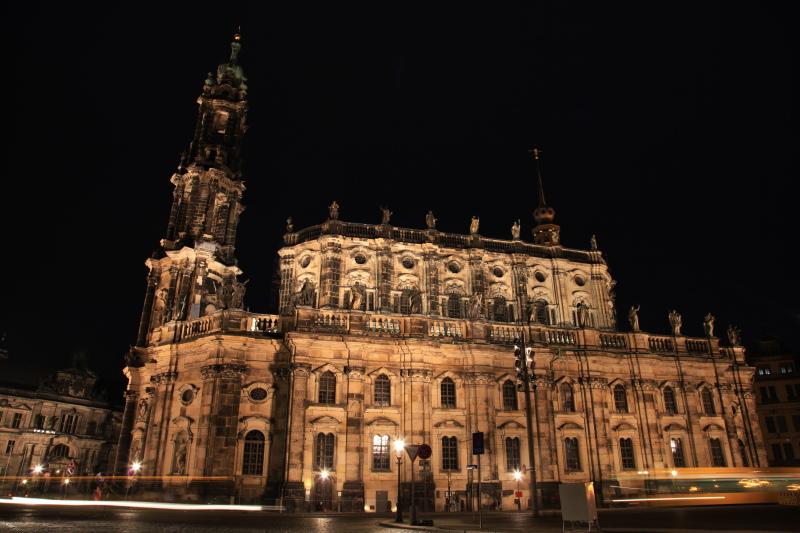 旧東ドイツな夜景_c0187779_23595117.jpg
