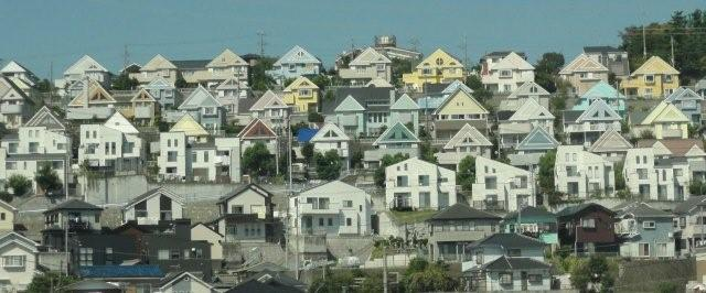 Houses on the hill_c0157558_10304424.jpg
