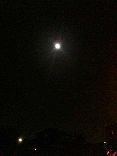 満月の夜_e0239908_22582496.jpg