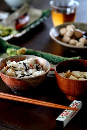 充てん豆腐でお味噌汁_b0048834_881445.jpg